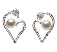 Freshwater Cultured Pearl Heart Earrings