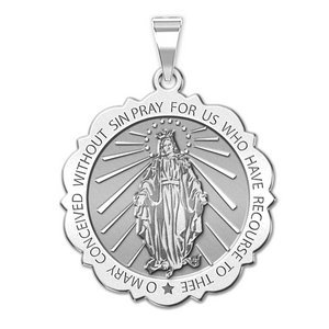 Miraculous Medal Scalloped Round  EXCLUSIVE